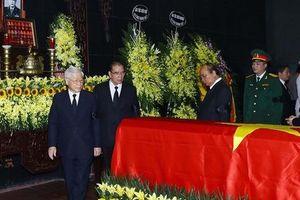 Những hình ảnh lãnh đạo Đảng, nhà nước viếng Trung tướng Đồng Sỹ Nguyên