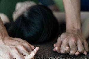 Thôn nữ bị khống chế hiếp dâm trên đường giữa ban ngày