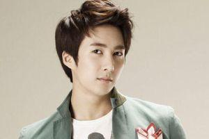CLIP: Kim Hyung Jun của SS501 đệ đơn kiện người tố anh cưỡng bức