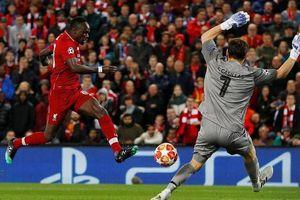 Champions League: Liverpool tung hai 'nhát kiếm' hạ gục 'Bầy rồng'