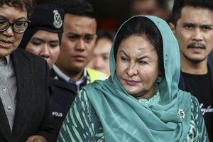 Vợ cựu Thủ tướng Malaysia đối mặt 20 năm tù giam vì nhận hối lộ