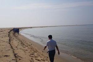 Hội An: Cắm biển cấm tự ý đưa người dân và du khách ra khu vực cồn cát nổi