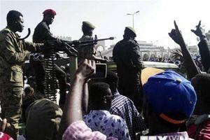Binh sỹ Sudan tấn công nhóm thân cận với đảng của Tổng thống Bashir