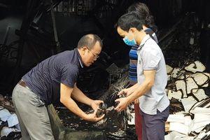 Nhân chứng thấy 3 mẹ con tử nạn trong nhà xưởng mà không thể cứu