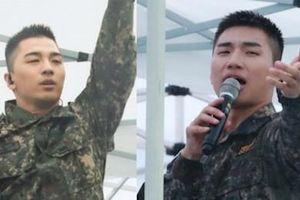 Tae Yang, Dae Sung mặc quân phục biểu diễn bản hit của Big Bang