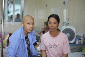 LD1947- Cha nuôi con ung thư xương di căn cần giúp đỡ