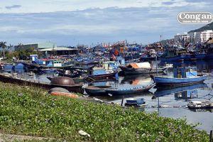 Xử lý tạm thời tình trạng nước tràn tại Âu thuyền Thọ Quang