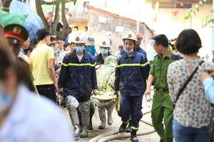 Nhân chứng vụ cháy 8 người chết, mất tích ở Hà Nội: 3 mẹ con chết trong tư thế ôm nhau