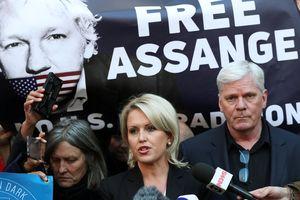 WikiLeaks tuyên bố sẽ 'chiến đấu' giúp ông Assange tự do