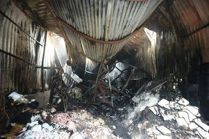 Sau vụ cháy 8 người chết: Lộ diện hàng nghìn nhà, xưởng trái phép ven sông Nhuệ