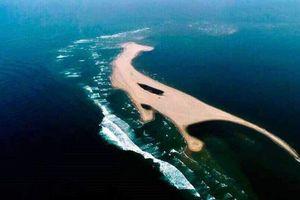 Chính quyền ra lệnh cấm lên đảo cát mới nổi lên trên biển Hội An