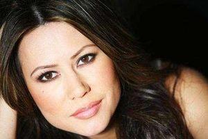 Nữ MC gốc Việt tài năng và xinh đẹp nổi 'đình đám' trên đất Mỹ