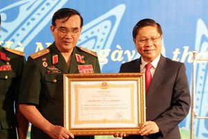 Hiệp hội doanh nghiệp của Thương binh và NKT Việt Nam đón nhận Huân chương Lao động hạng 3