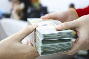Giao chỉ tiêu tín dụng cho từng ngân hàng, nên hay không nên?
