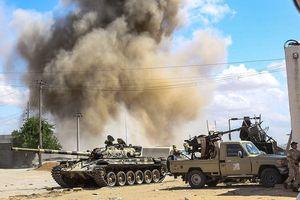 Lực lượng LNA không kích dữ dội vào quân chính phủ Libya