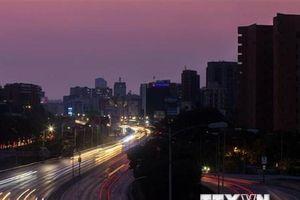 Chính phủ Venezuela nỗ lực ổn định mạng điện lưới quốc gia