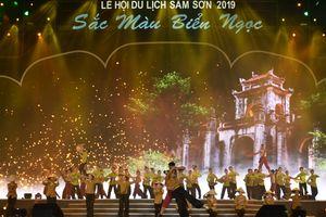 Rực rỡ sắc màu Lễ hội du lịch biển Sầm Sơn năm 2019