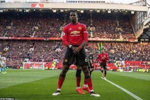 Pogba lập cú đúp 11m, Man Utd thắng chật vật West Ham 2-1