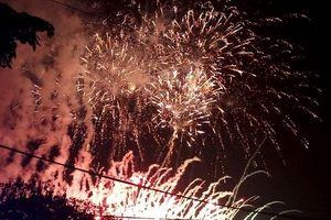 Mãn nhãn màn bắn pháo hoa tại Lễ hội Du lịch biển Sầm Sơn