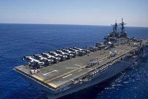 Mỹ 'biến hình' tàu đổ bộ USS Wasp thành tàu sân bay ở Biển Đông