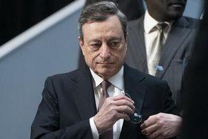 Chủ tịch Ngân hàng Trung ương châu Âu lo lắng về sự độc lập của Fed