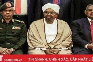 Thế giới nổi bật trong tuần: Tổng thống bị bắt giữ, Sudan bắt đầu giai đoạn chuyển tiếp kéo dài 2 năm
