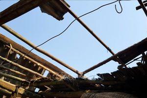 Dông lốc làm tốc mái 56 ngôi nhà tại Bắc Kạn