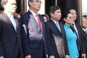 Lãnh đạo TP.HCM dâng hương tưởng niệm Vua Hùng