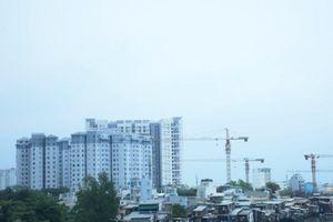 Thị trường bất động sản TPHCM 'vắng bóng' nhà cho người thu nhập thấp