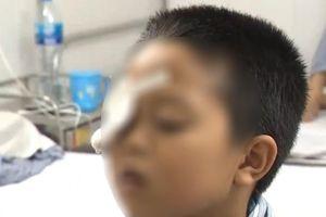 Sử dụng thuốc theo đơn cũ, bé 7 tuổi suýt mù mắt