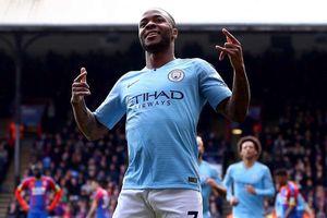 Raheem Sterling lập cú đúp, Man City thắng dễ Crystal Palace
