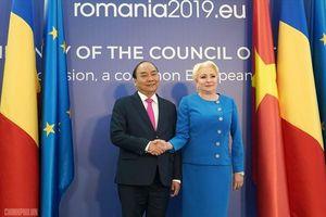 Lễ đón trọng thể Thủ tướng Nguyễn Xuân Phúc thăm Romania