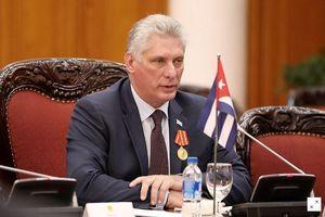 Cuba kêu gọi 'củng cố kinh tế và quốc phòng'