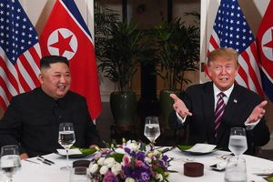 Tổng thống Trump tin rằng thượng đỉnh Mỹ - Triều lần 3 diễn ra tốt đẹp