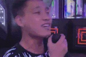 Trổ tài hát hò trong ngày sinh nhật, cầu thủ Văn Thanh đã không được khen còn bị 'đá đểu': 'Chọn đá bóng là hợp quá rồi Thanh ơi'