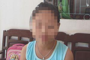 Lời kể của người mẹ có con gái 10 tuổi nghi bị người đàn ông sàm sỡ trong trường học
