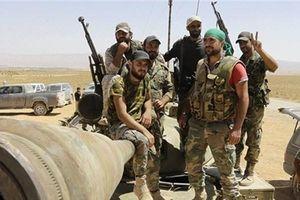 SAA nã 40 quả tên lửa vào đoàn xe của HTS ở Idlib, phiến quân thiệt hại nặng nề
