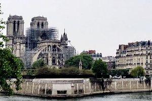 Các đảng chính của Pháp hoãn chiến dịch vận động tranh cử Nghị viện Châu Âu