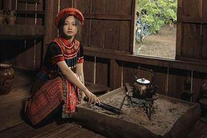 Nữ sinh Buôn Ma Thuột hút hồn CĐM vì quá xinh đẹp khi hóa thân thành Mị