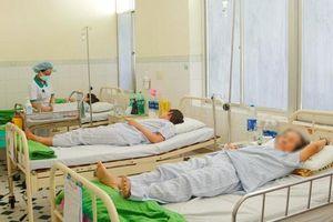 14 du khách Lào nhập viện nghi do ngộ độc thực phẩm khi đang du lịch Đà Nẵng