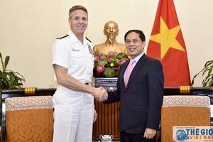 Thứ trưởng Thường trực Bùi Thanh Sơn tiếp Đô đốc Philip S. Davidson, Tư lệnh Bộ Tư lệnh Ấn Độ - Thái Bình Dương Hoa Kỳ