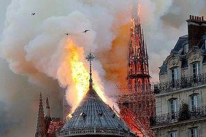 Những hình ảnh đầu tiên bên trong nhà thờ Đức Bà sau vụ cháy