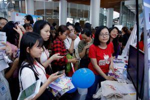 Hàng ngàn việc làm cho sinh viên sắp ra trường