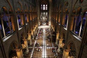 Toàn bộ nội thất bằng gỗ của nhà thờ Đức Bà Paris đã bị mất