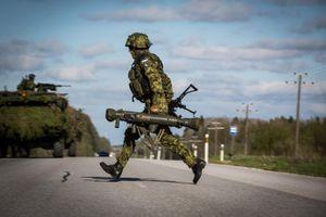 Nga chấm dứt mọi hợp tác với NATO