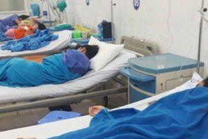 Đà Nẵng: 14 du khách Lào nhập viện nghi do bị ngộ độc thực phẩm