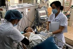 Hà Giang: Uống rượu pha nước lá ngón, 8 người thương vong