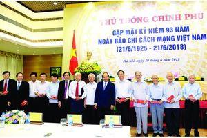 Nguyễn Hồng Vinh - Một hồn thơ trẻ trung, đằm thắm