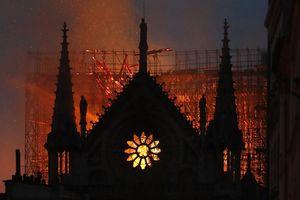 Cộng đồng thế giới bày tỏ sự đau buồn và đoàn kết với nước Pháp