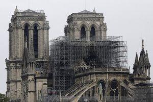 Nga đề nghị giúp Pháp xây lại Nhà thờ Đức Bà Paris
